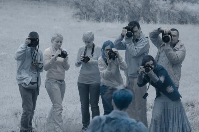 no i nasze kolejne (wcale niepozowane ;) ) zdjęcie grupowe (będzie ich w tym wpisie jeszcze naście) obrazujące pięknie, którzy to prowadzący, którzy uczestnicy... fot. Marcin